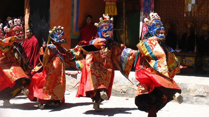 Festival de danse Tsurphu Cham