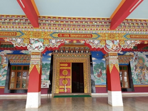 The art in the walls of Drepung Loseling Monastery