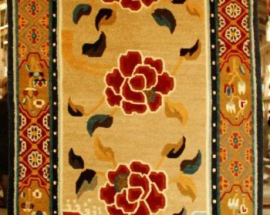 Tibetan carpet with 3 rose and border