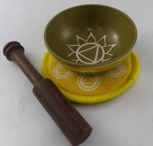 Solar plexus singing bowl