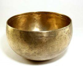 Antique Handmade Singing Bowl 134 Hz D#3 Chakra