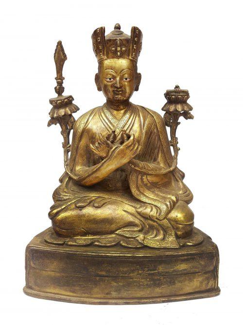 Statue of 5th Karmapa Lama Deshin Shekpa